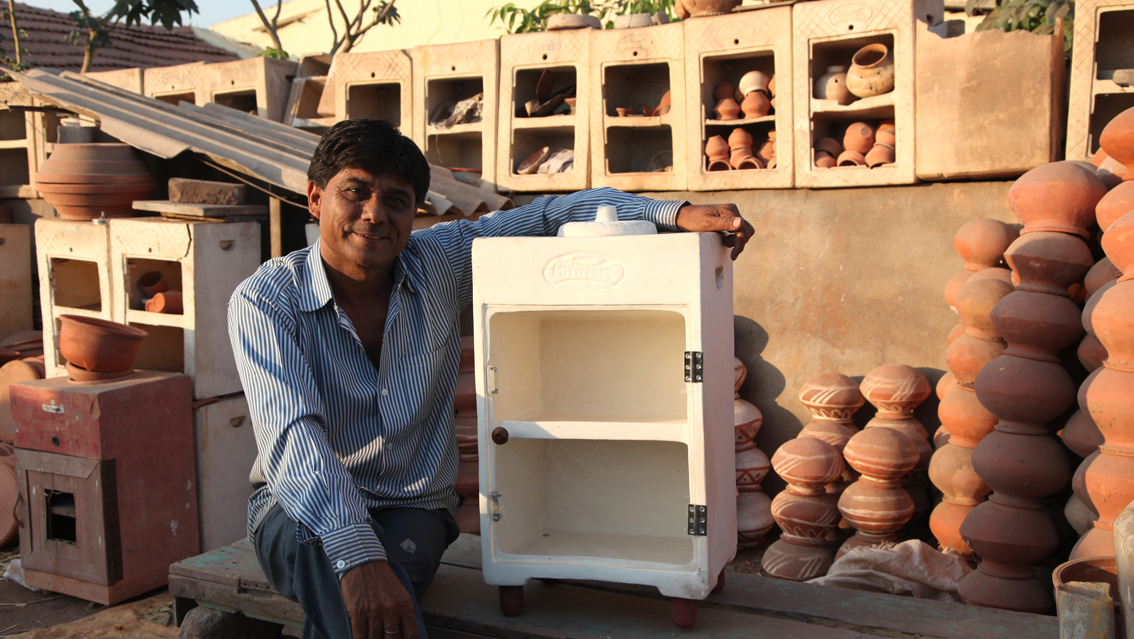 Mitti Cool Earthen Refrigerator // posted by Michele Pozzi